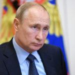Путин поручил снизить налоги айтишникам и связистам и обязать покупать российское ПО