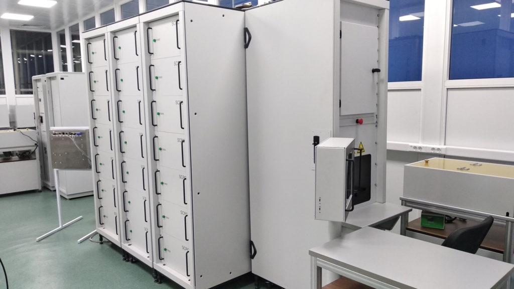 Внешний вид установки ударного тока на 120 кА